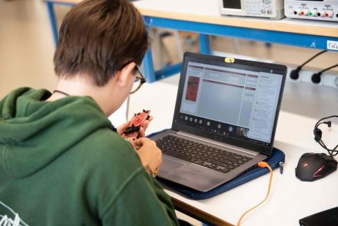Technologie opnemen in onderwijsaanbod? Stadkamer helpt